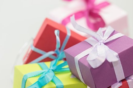 gifts-570821__340